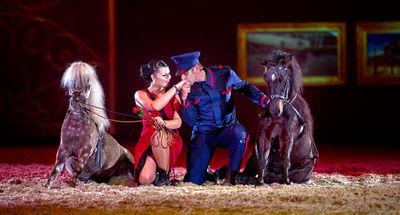 """Mélissa Hasta Luego und Laurent Jahan in """"Die goldene Spur"""" 2014-2015"""